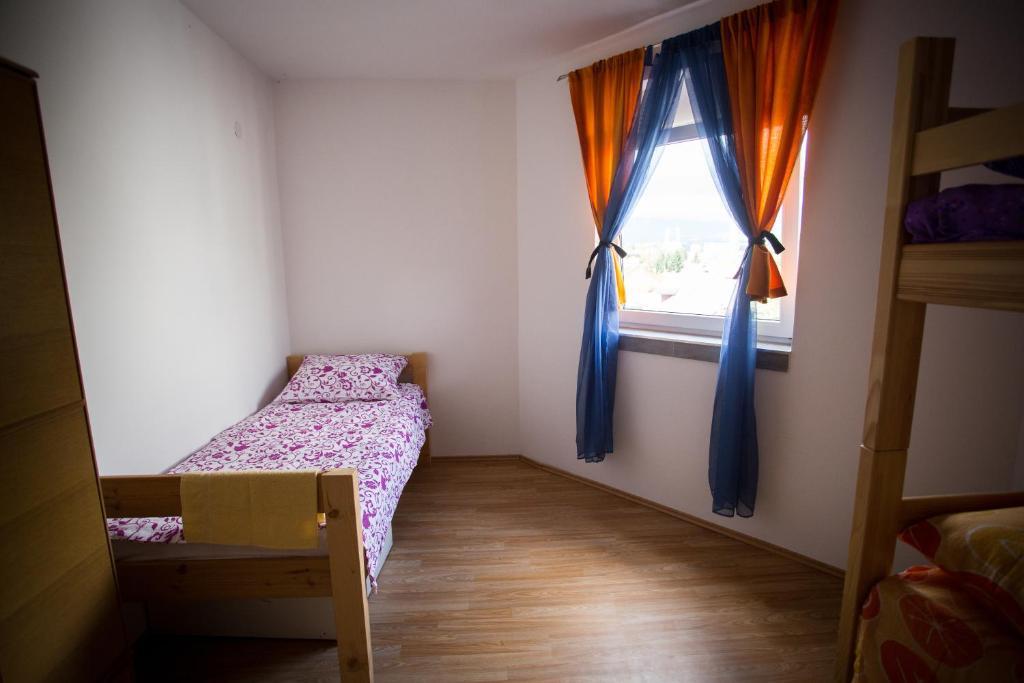 Hostel 54