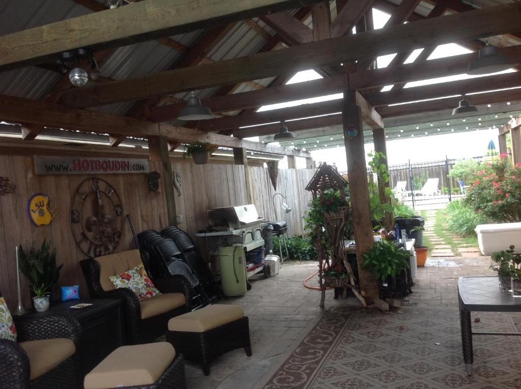 L'Acadie Inn & RV Park