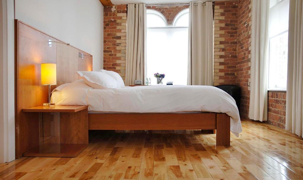Cama ou camas em um quarto em Hope Street Hotel