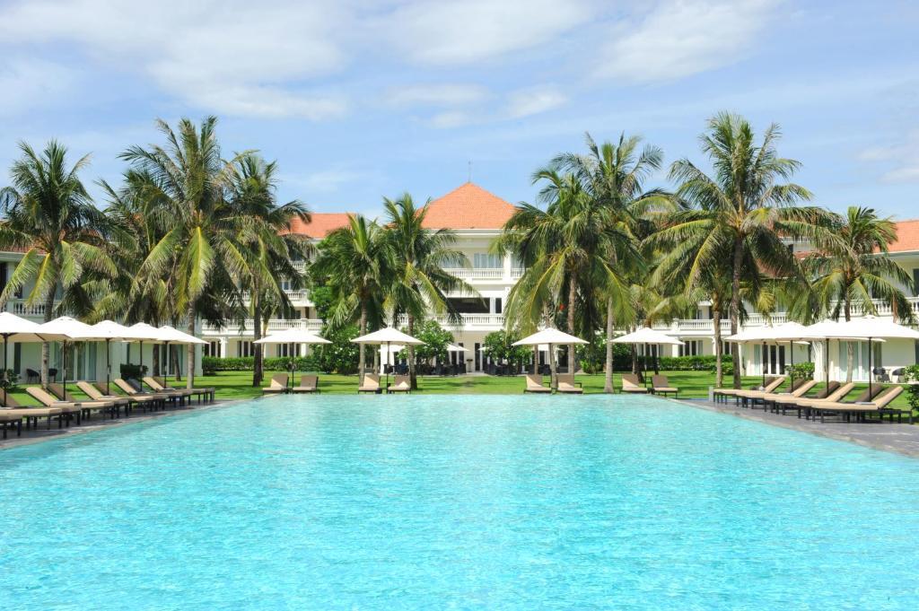Het zwembad bij of vlak bij Boutique Hoi An Resort