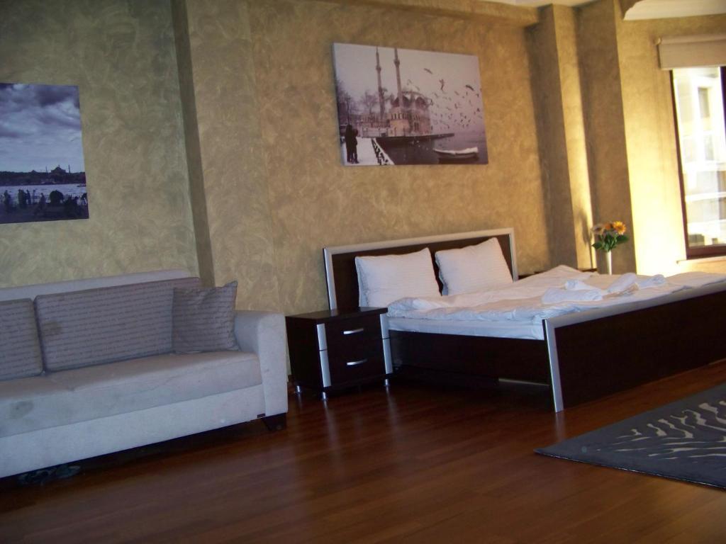 Alfa Aparts Suite