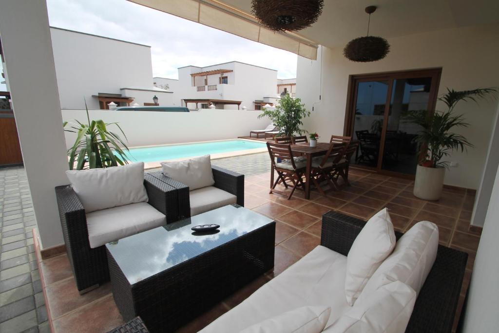 Villa The House of Origin, Costa Teguise, Spain - Booking.com