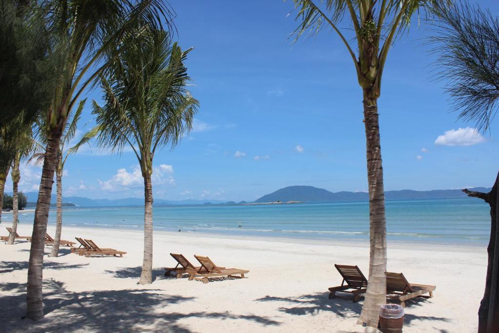 GM Doc Let Beach Resort & Spa