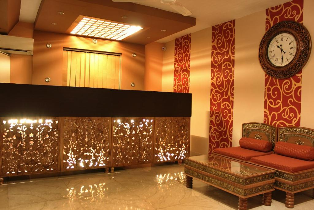 The lobby or reception area at Hotel Walisons Resorts