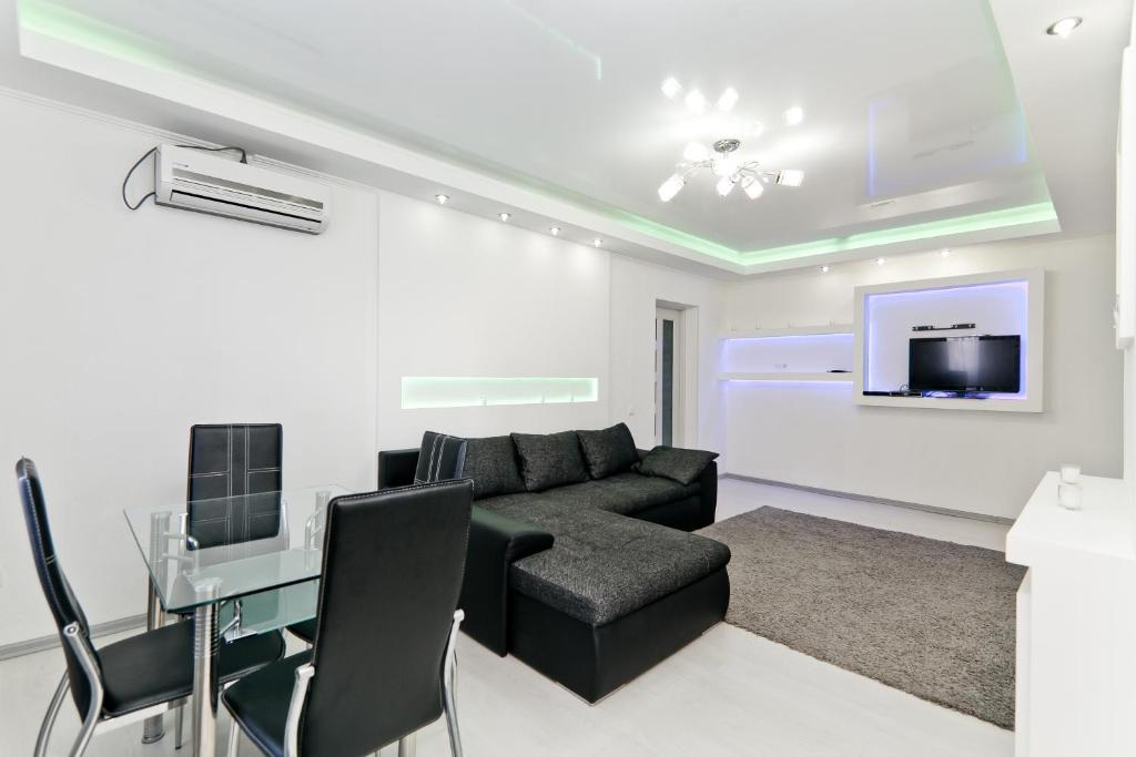 A seating area at Apartmentrent