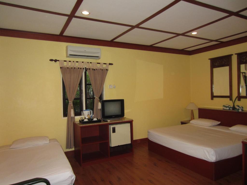 Sunset Beach Resort Pantai Cenang Malaysia Booking Com
