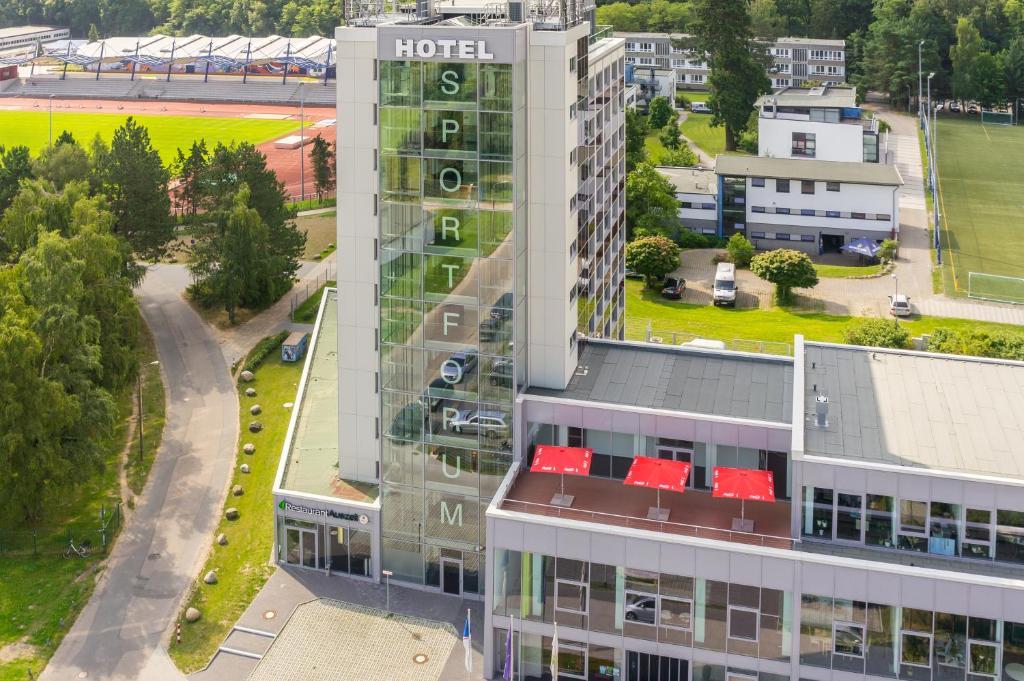 Blick auf Hotel Sportforum aus der Vogelperspektive