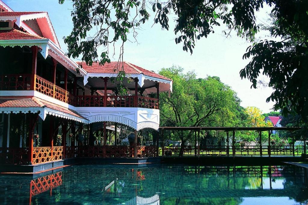The swimming pool at or close to Belmond Governor's Residence