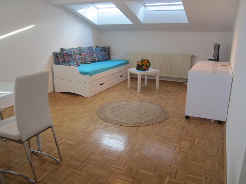 A seating area at Ferienwohnungen Novak