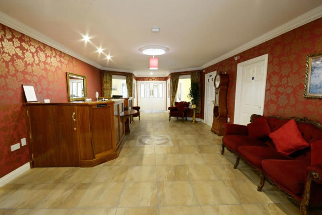 The lobby or reception area at Seaview Guesthouse