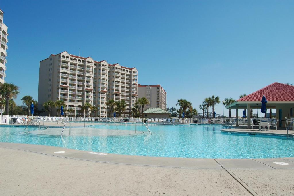 North Myrtle Beach Hotels >> Barefoot Resort Golf Yacht Club Myrtle Beach Sc