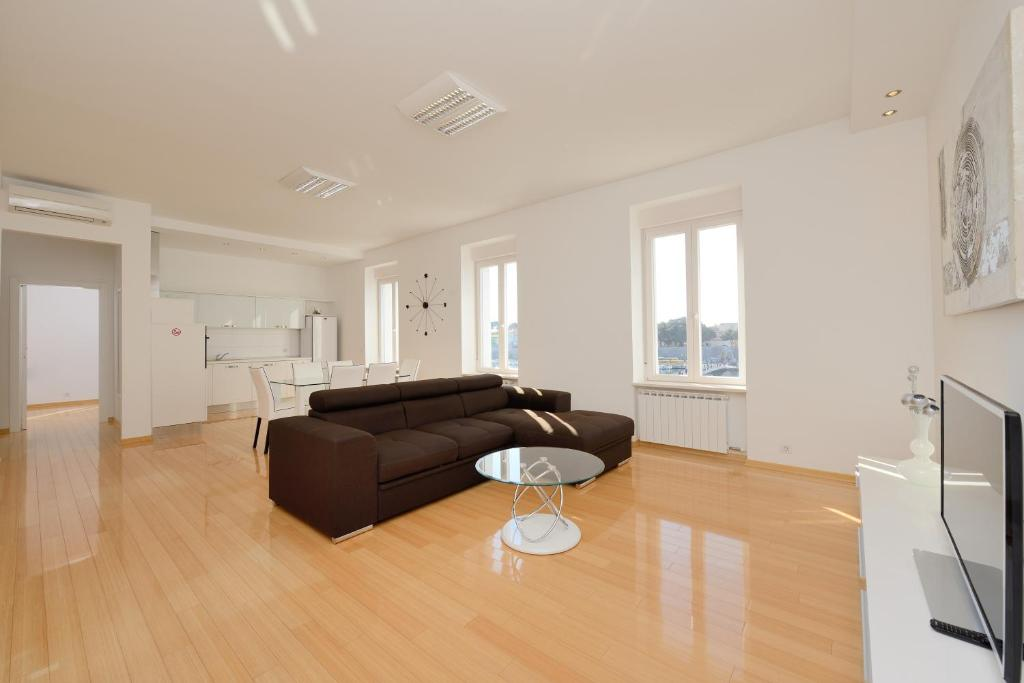 Luxury Penthouse Apartments