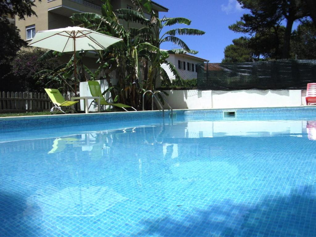 The swimming pool at or near White House Cascais Bed & Breakfast