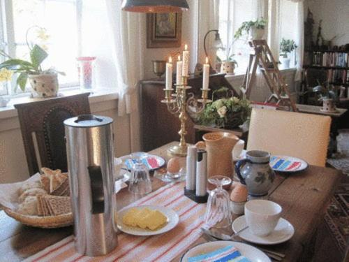 Dyrlev Bed & Breakfast