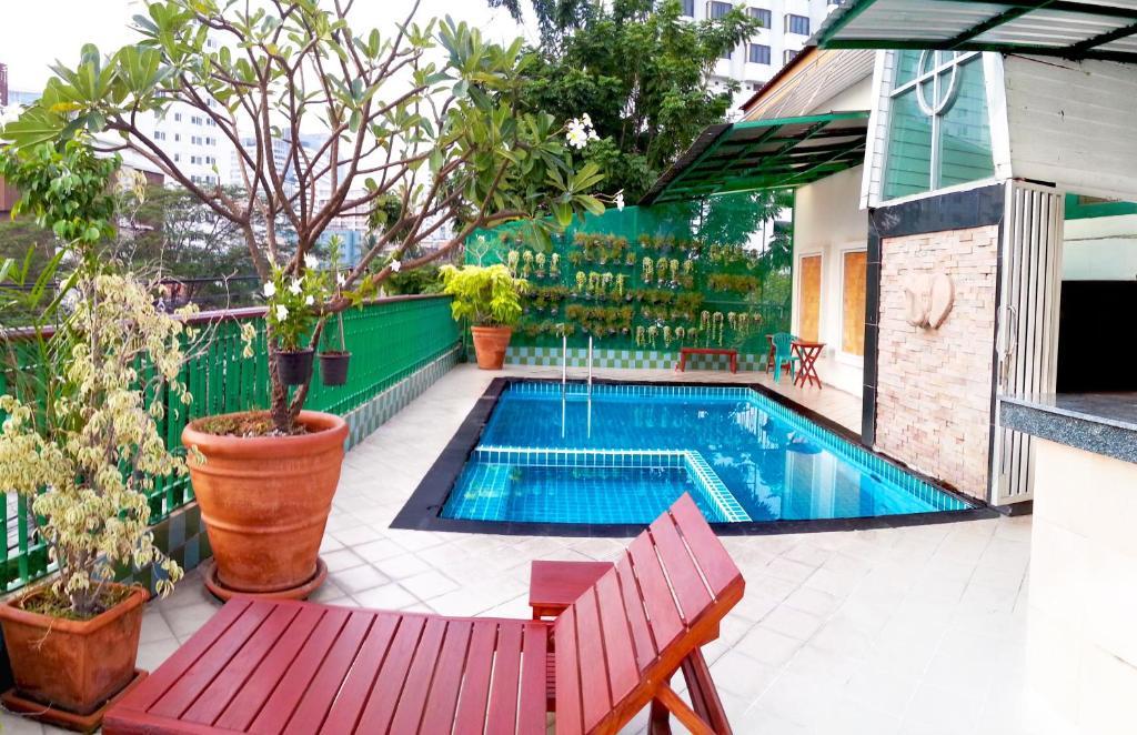 The swimming pool at or close to Royal Ivory Sukhumvit Nana by Compass Hospitality
