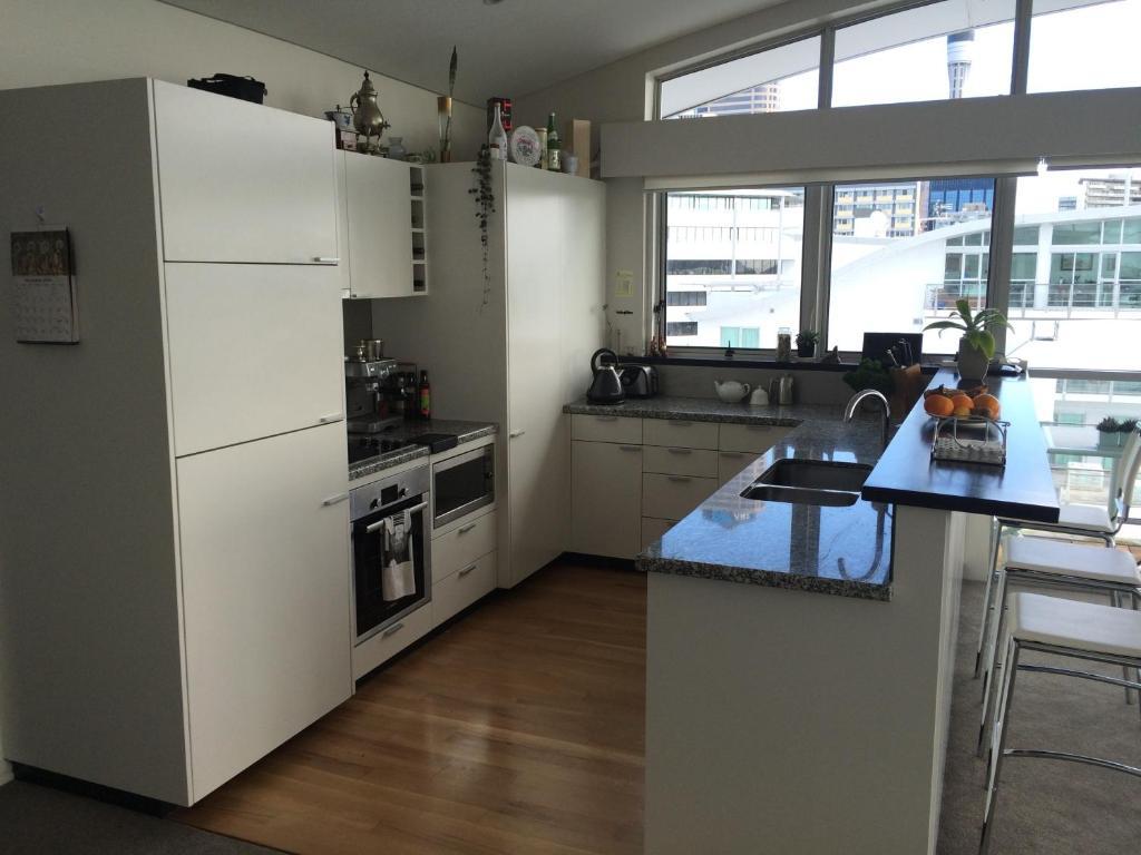 A kitchen or kitchenette at Prestigious Princes Wharf