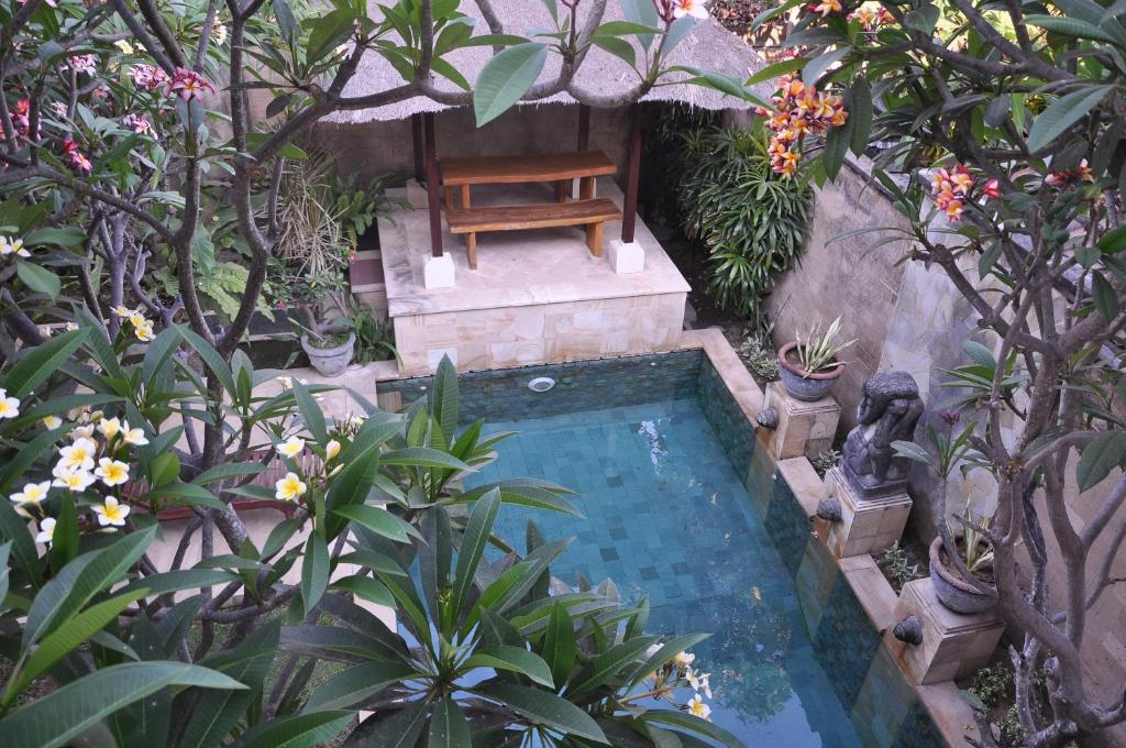 Vista de la piscina de Ngetis Home Stay o alrededores