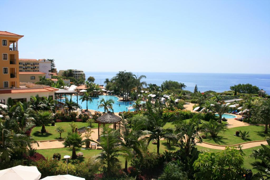 A view of the pool at Hotel Porto Mare - PortoBay or nearby