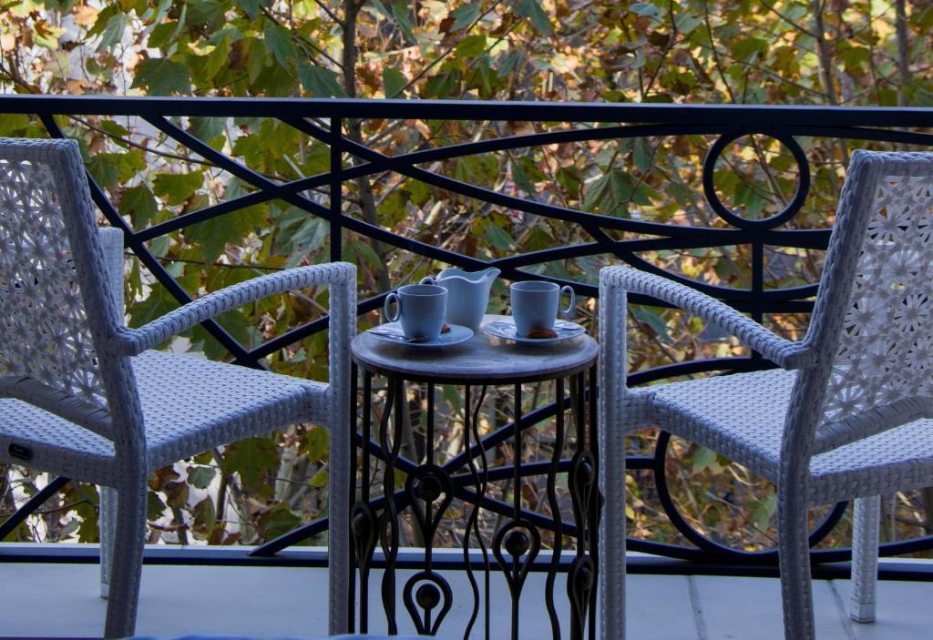 Балкон или терраса в Peyk Hotel