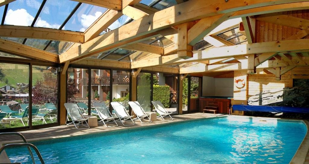 Hotel Les Cotes Residence Loisirs Et Chalets Morzine Updated