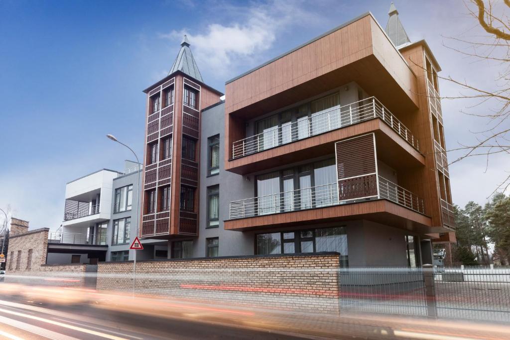 Ēka, kurā atrodas dzīvokļu viesnīca