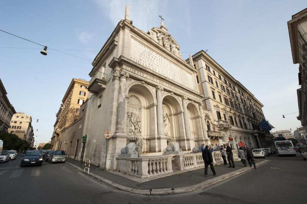Bed And Breakfast Moses Fountain Rome Italy Booking Com