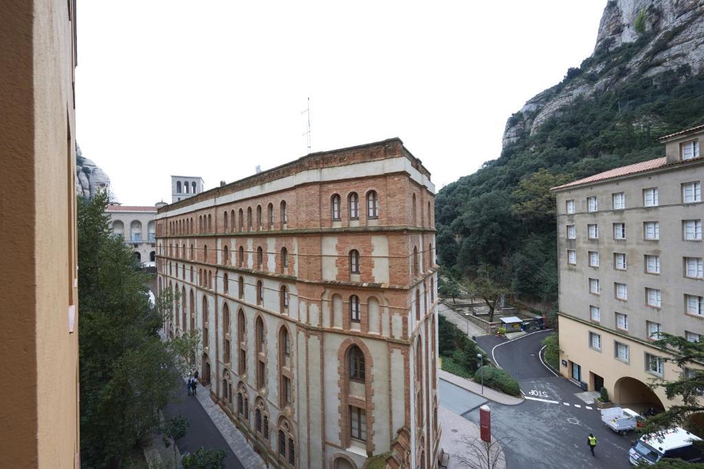 Apartamentos Abat Marcet (España Montserrat) - Booking.com
