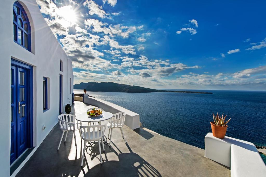 A balcony or terrace at Domus Solis Luxury Villa