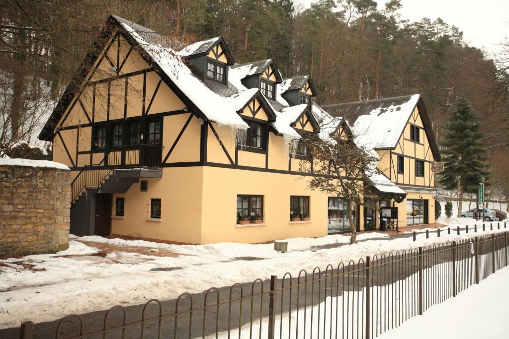 Hotel Sieweburen im Winter