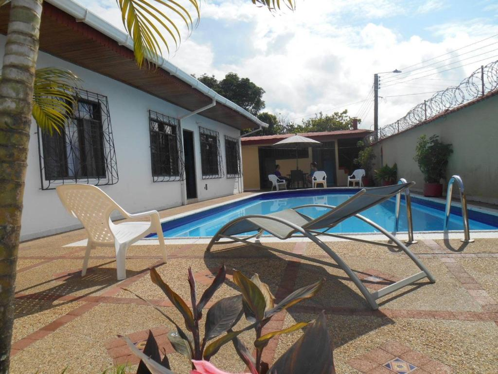 The swimming pool at or near Leticias Guest House