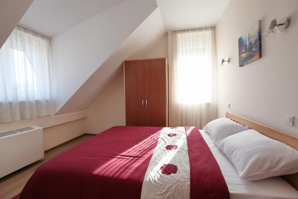 Hotel Novella Uno