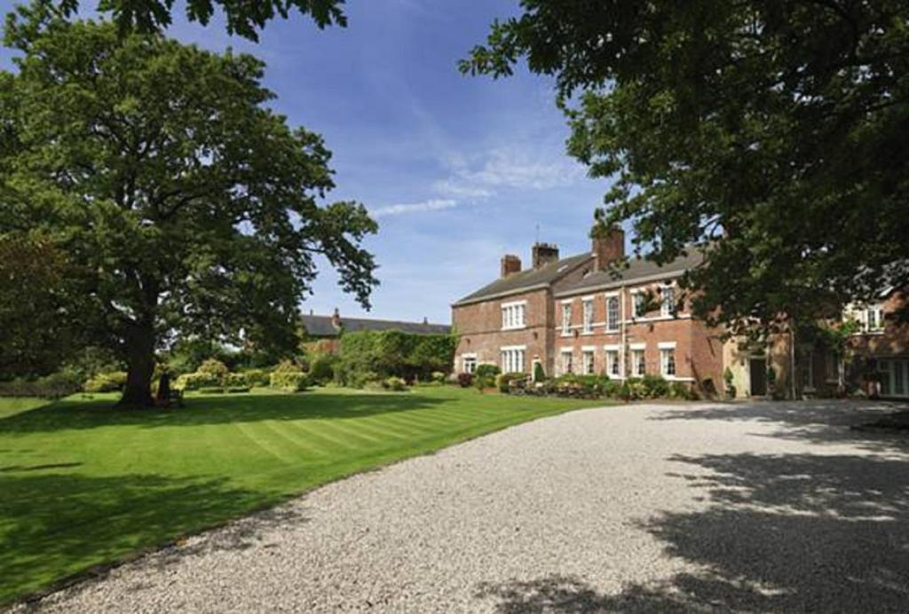 Singleton Lodge Country House Hotel in Poulton le Fylde, Lancashire, England