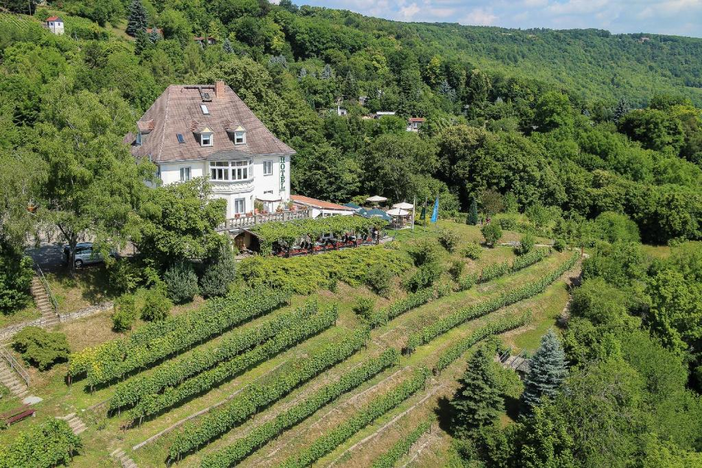 Blick auf Flair Hotel Villa Ilske aus der Vogelperspektive