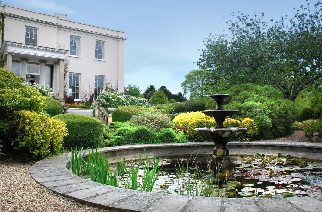 A garden outside The Mount Somerset