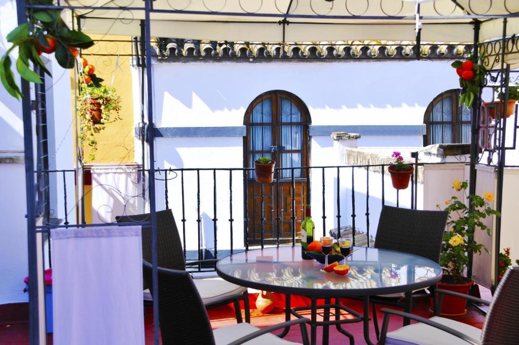 Un balcón o terraza de Pensión La Montoreña