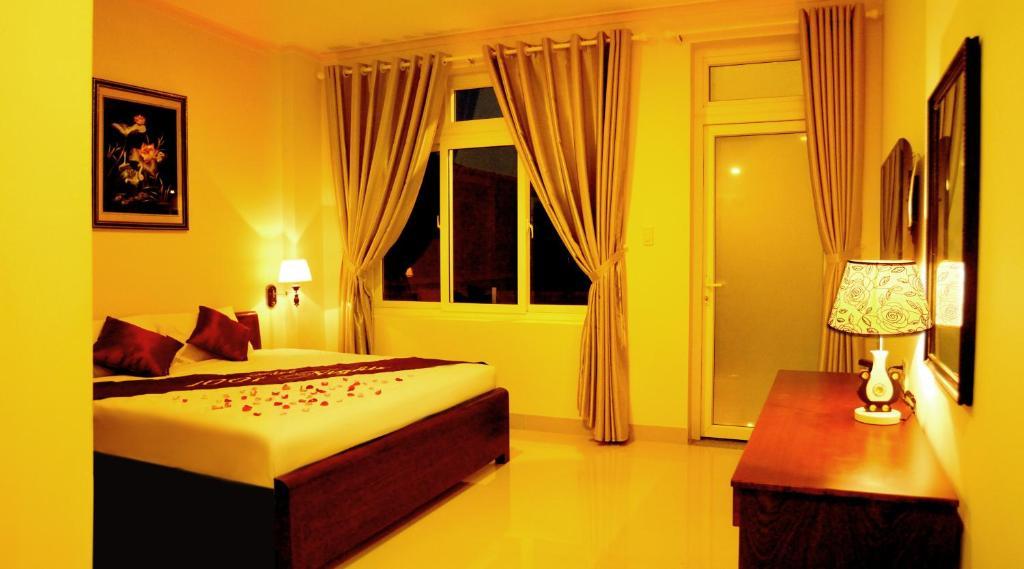 1001 Nights Hotel