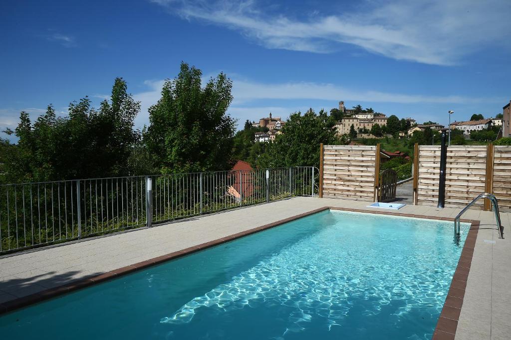 The swimming pool at or near Hotel Villa Lauri