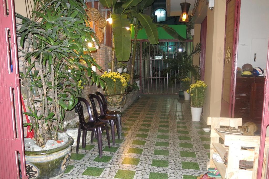 Banana Leaf Hotel