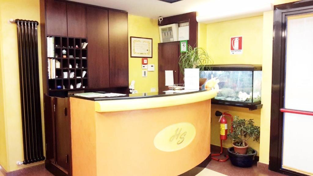 The lobby or reception area at Albergo Sonia