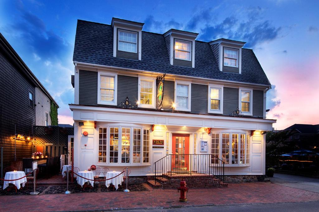 Bouchard Restaurant Inn Newport Ri Booking