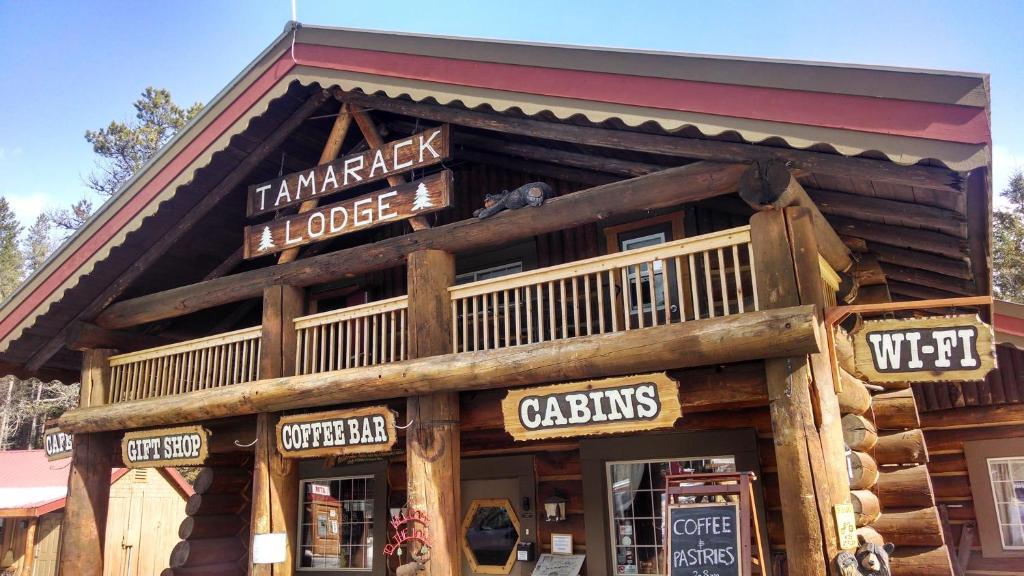 Facciata o entrata di Historic Tamarack Lodge and Cabins