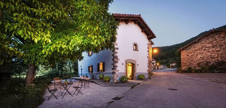 Casa de campo Ekolanda (España Esnoz) - Booking.com