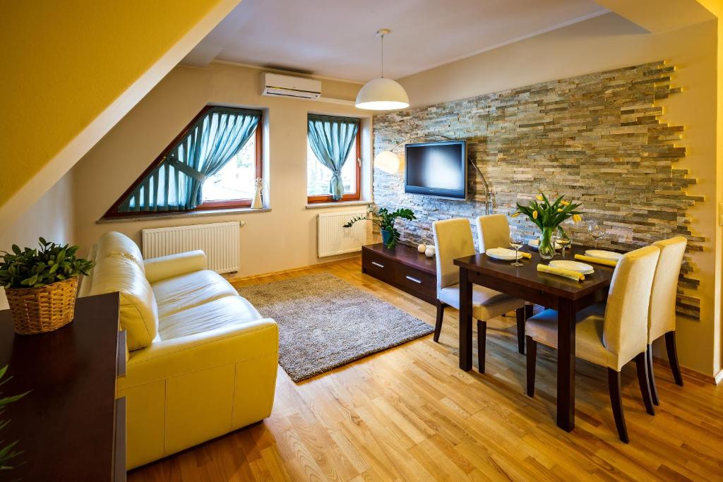 A seating area at Zakopane Apartamenty LUX