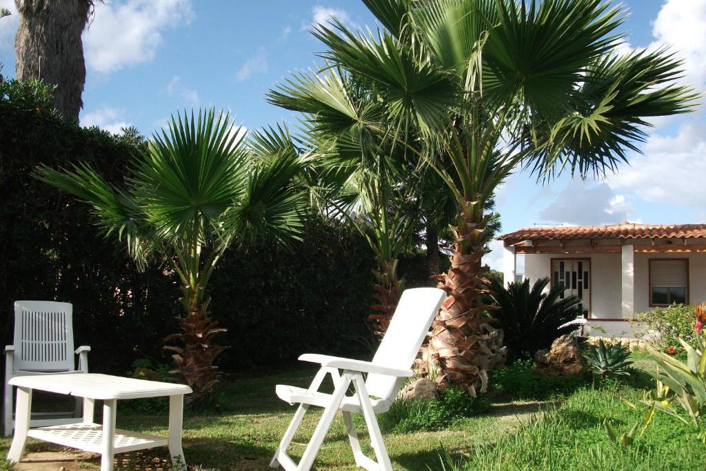 A garden outside Villa Davima