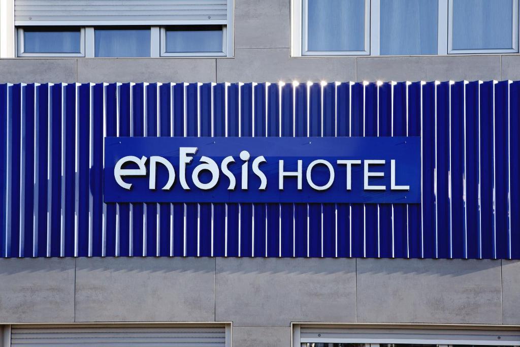 Énfasis Hotel