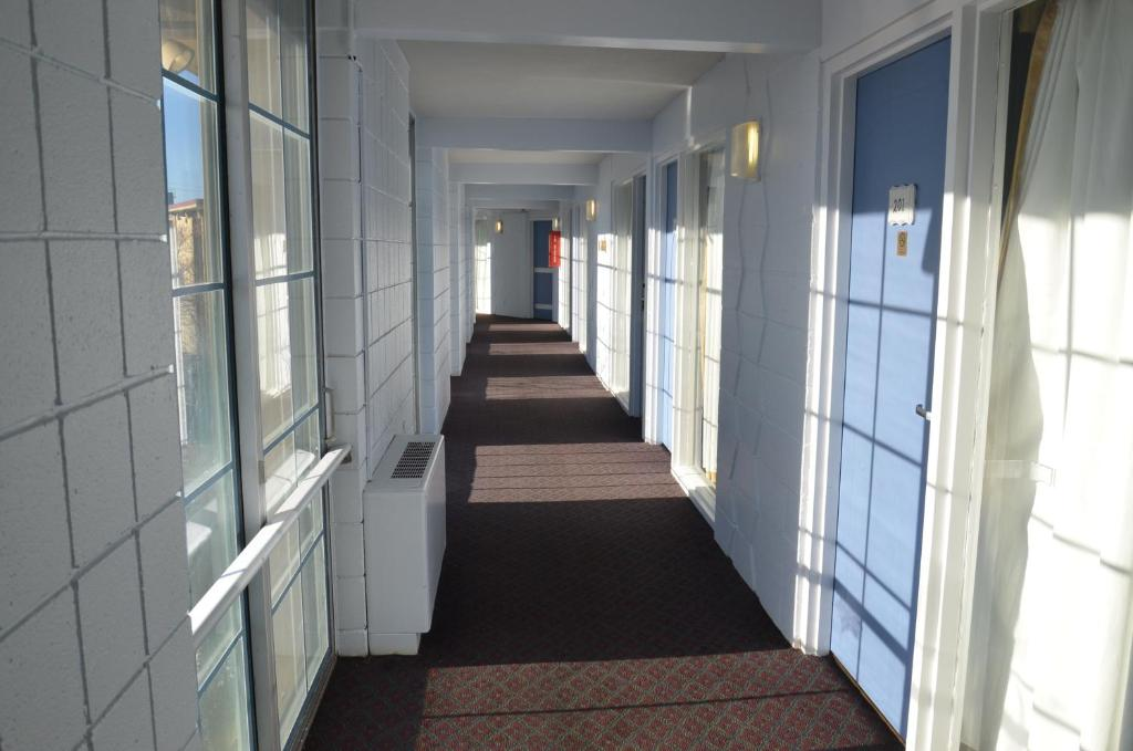 Red Carpet Inn & Suites Ebensburg