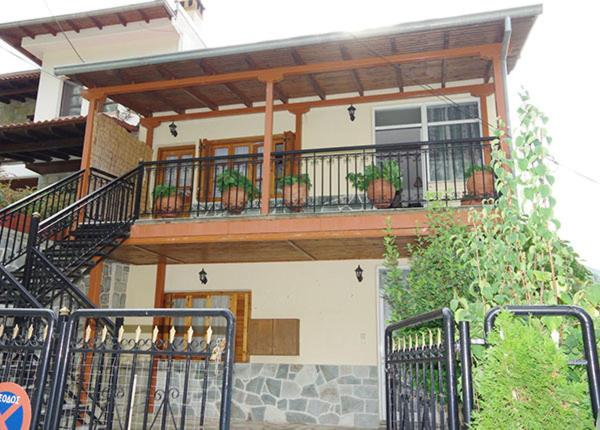 A balcony or terrace at Elati Apartments