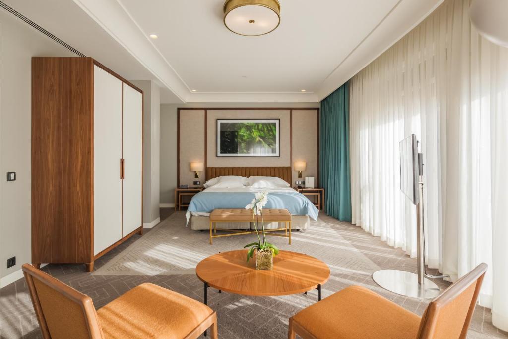Hotel Vincci Porto (Portugal Oporto) - Booking.com