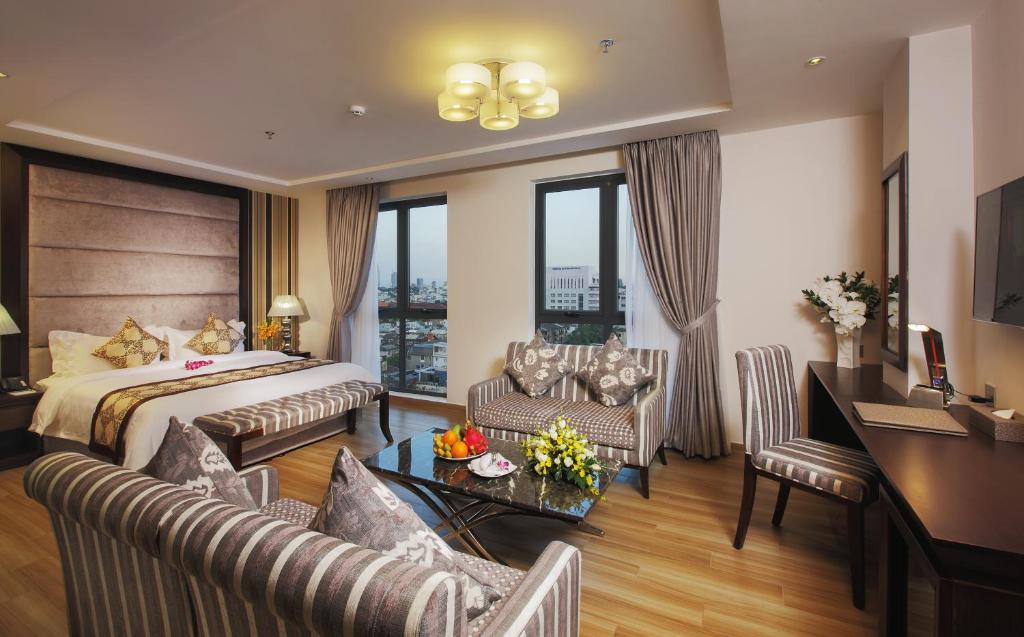 Phòng Senior Luxury Giường Đôi