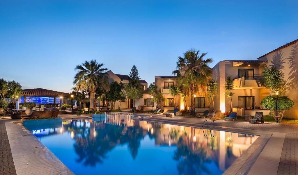 Πισίνα στο ή κοντά στο Ξενοδοχείο Νηρέας